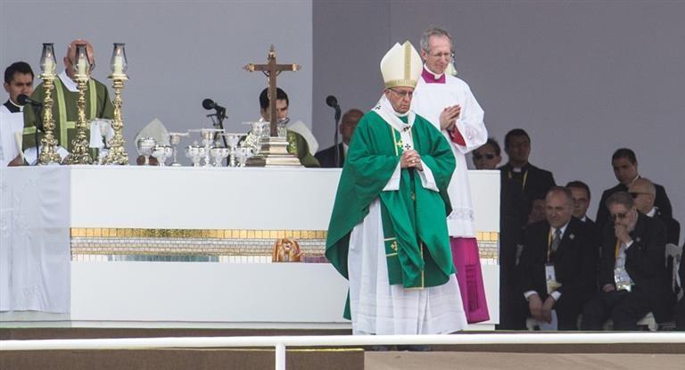 Un millón de personas despidieron al Papa en su última misa en Perù