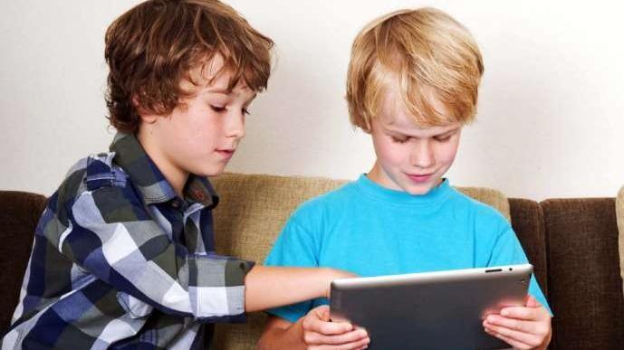 Debo limitar el uso de la tecnologìa a los chicos